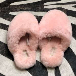 UGG Fluffy Pink Hooded Slippers 8